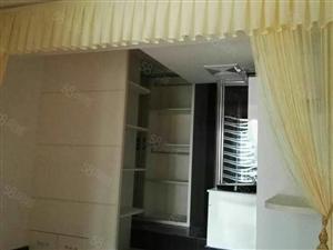 精装修小两房楼中楼,家电齐全