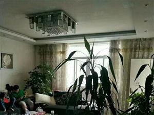 盛世舒苑平层1楼精装三室两厅两卫带全套家具家电带车位拎包入住
