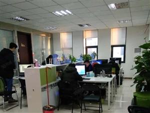 高新区企业加速器275平方写字楼,简装,空房,1万每月!