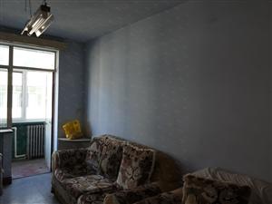马神庙小区经典三居室71平米四楼900每月出租