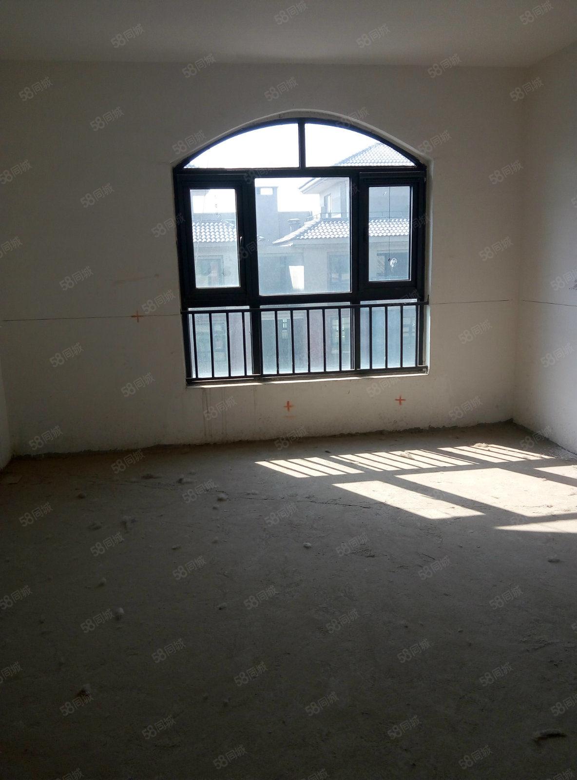清水苑两房,一梯两户,客厅挑空6米,有钥匙,随时看房,急售