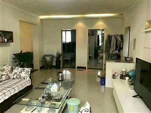 锦绣华庭5楼136平精装带所有家具家电和储10平证5年90万