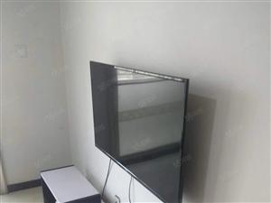 鸣翠苑3室2厅家具家电水电煤暖齐全好停车2000元