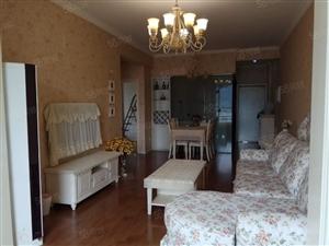 整租莱茵河畔两室两厅小洋房2800元一个月