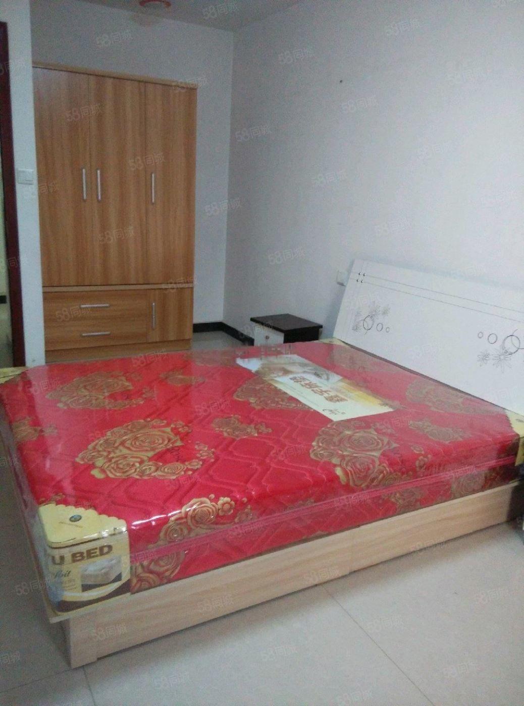 嘉惠对面中宏香榭丽舍(一期)2室2厅2卫精装高层出租