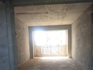 东方威尼斯,两室两厅一卫,可改三房,毛坯,证未满