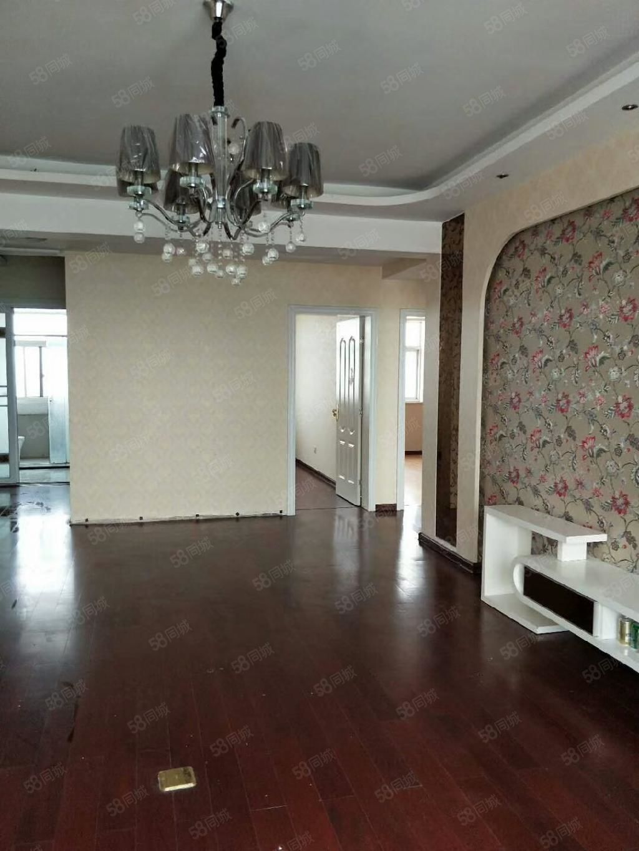 东区城建局后花月楼三室装修过有证能贷款楼层好