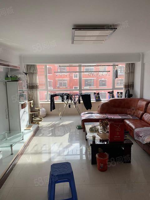 绣园小区110平2室1厅1卫租10个月拎包入住