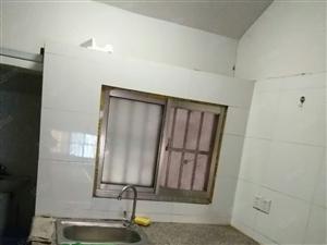通达房产租18981丰中东侧3楼小套有空调热水器床家具