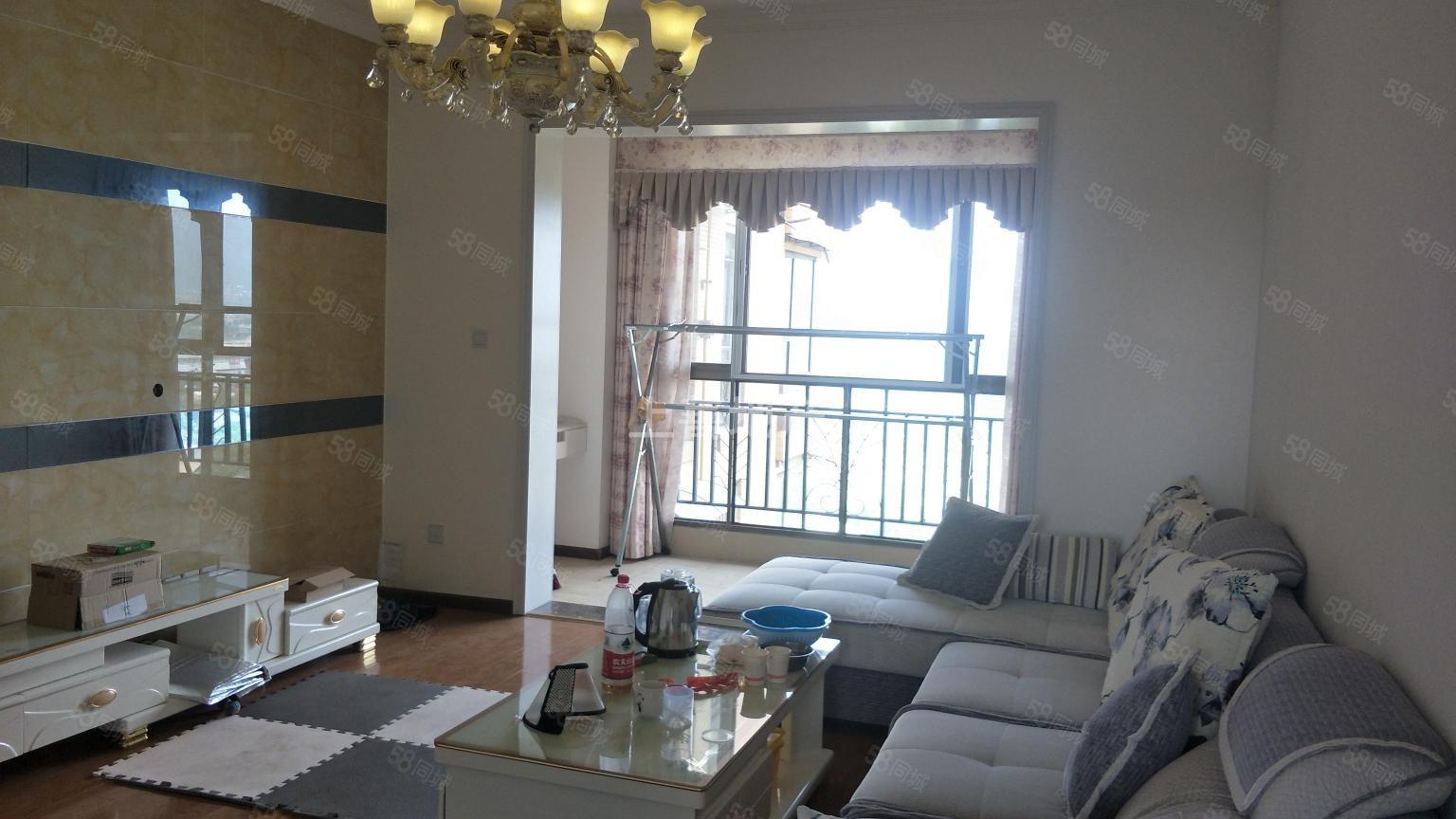 上善精装3室1厅1卫+小区环境好+出行方便