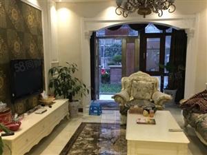 滨湖新城1+2叠加别墅,豪华装修,证.件齐全,小区环境优美