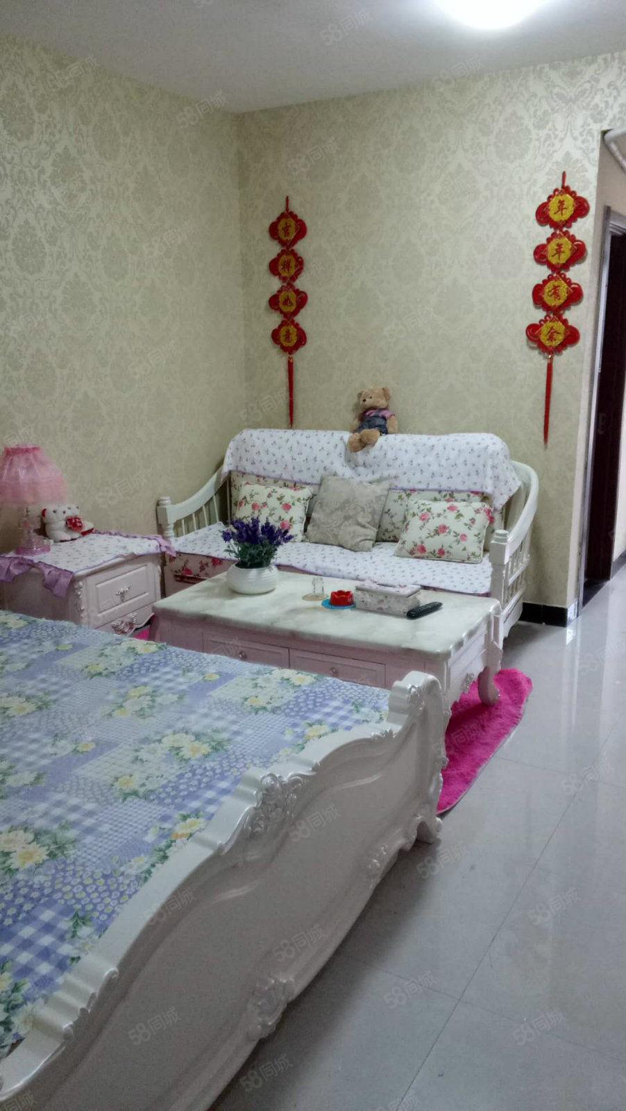 世纪大道沣景公寓精装1室安静舒适