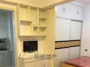 Y金色水岸单身公寓租900/月随时看房