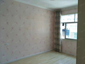 化工小区精装三室二厅一卫,通透采光,户型方正,报价59.8