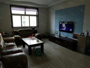 金谭,中心位置,精装大3房,单价2900,仅此一套,免税!