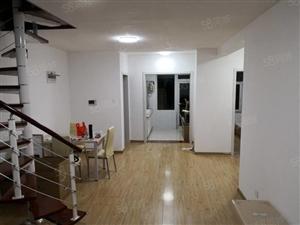 墨香东郡:一中旁6楼加7阁楼内置复式楼梯170多平,精装多层