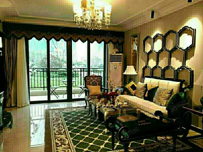 恒大名都急售可分期,四房两厅两卫豪华装送地暖可分期预约看房