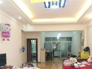 光大步行街楼梯房3室2厅2卫精装修