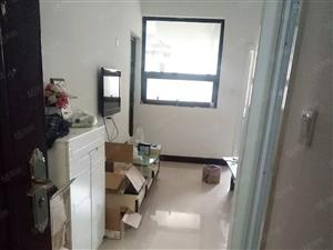 大学路升龙国际标准一室一厅满五没有个税真实照片无贷款
