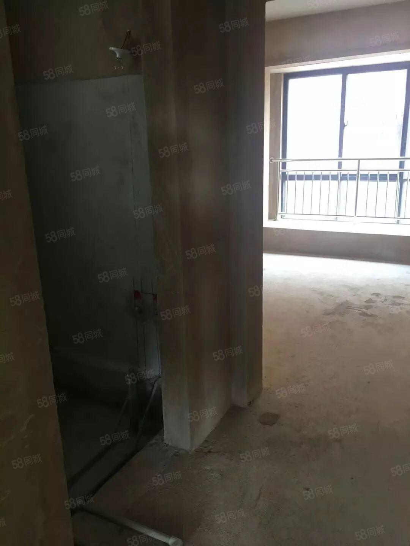 临岸三千城二期17楼175平米毛房大平层售88万转让6.8万