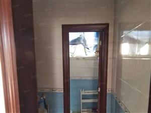 天润精装修三室两厅拎包入住全新空调洗衣机暖气