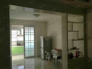 出售诚信超市斜对过丽宏小区3楼140平带车库75万可分期