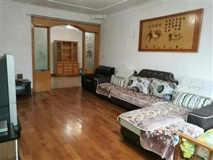 北京西路防疫站三室二厅拎包入住