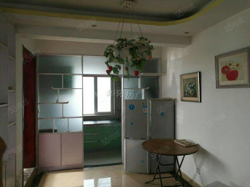 天华领秀城,三室,急售,带家具家电