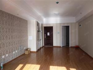 万达公寓南向精装修带空调56平适合办公1500元有钥