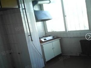 锦绣花园650元2室1厅1卫二楼只年租。