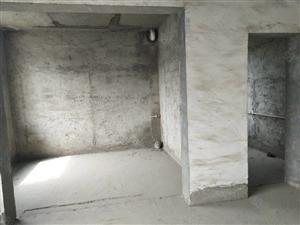 新佳园华龙嘉园毛坯二室带平台中间楼层户型好诚售!小区环境好