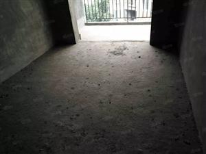 泸县梁才学校旁3室2厅2卫105平方2楼住房出售!