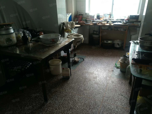 利民西街简装两居室靠近实验小学、实验二小、七一路