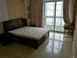 金瀚家园,4楼,127平带家具家电干净带车库急租。