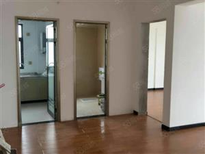 中天街摩尔城房屋出租,全新装修,客厅超大