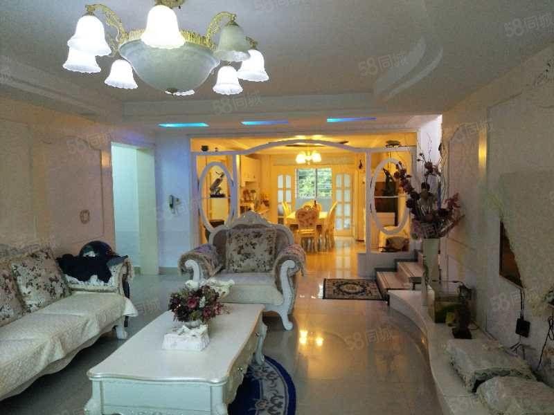 翠海花园一楼150平精装地热标准格局三室两厅两卫76万