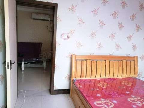 西苑南区精装小两室出租全家电瓷砖房有物业门卫看房方便
