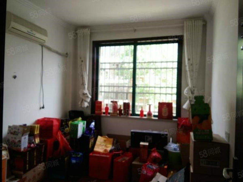 全力阳光城,小区环境优雅,房东急售,丢10几万的家具
