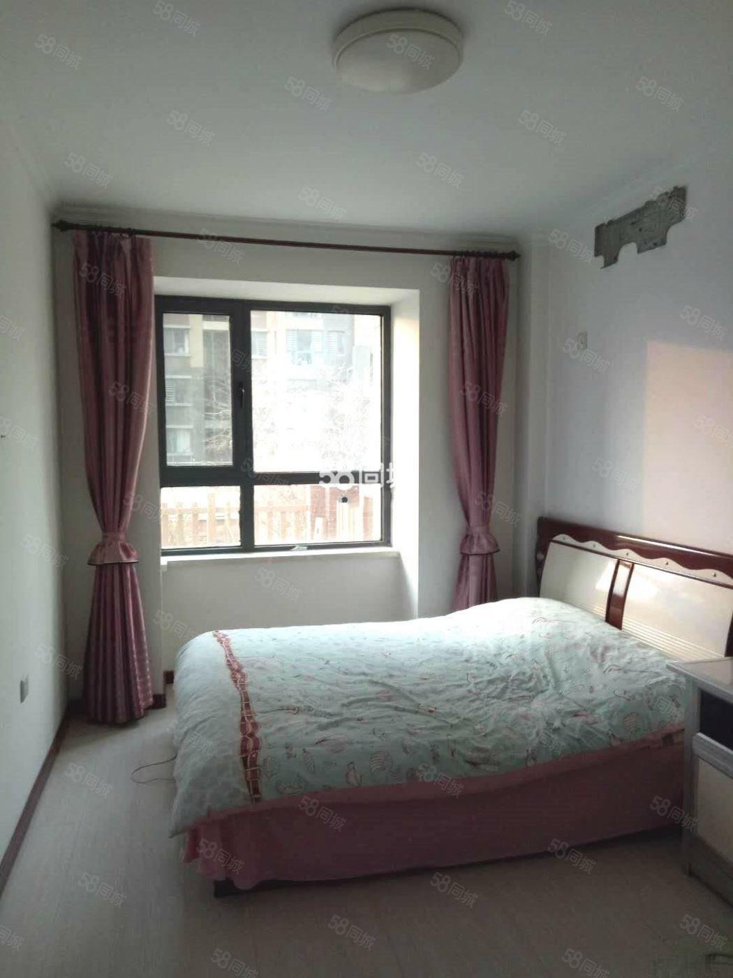 金域华城86平能租半年,多层1楼带小院,包取暖物业