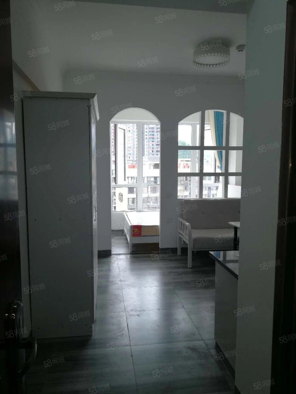 900元便宜出租,川硐麒龙际小区电梯新公寓房一室一厨一卫家电
