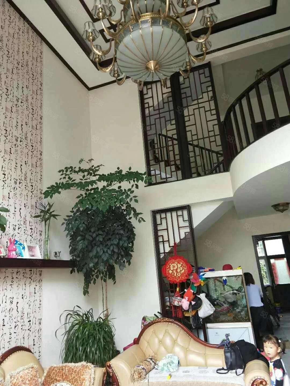 腾冲凤麓湖畔精装6室中空别墅近学.区