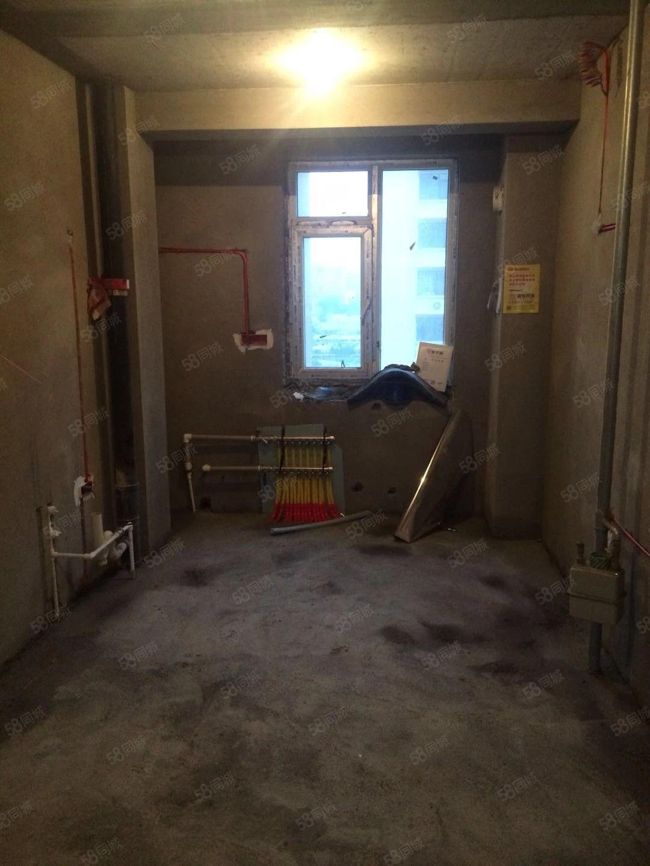 星河城C区现房出售102平威尼斯人娱乐开户乐大开间51万