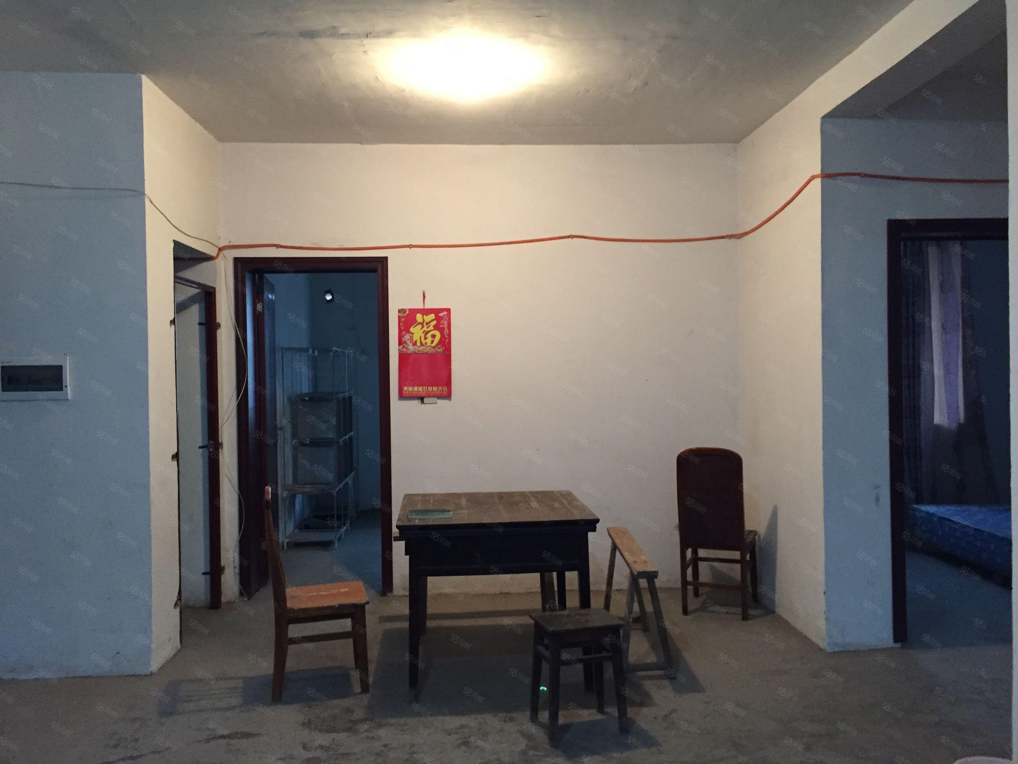 物流港高新区瑰宝明珠汽车城清水房便宜出租