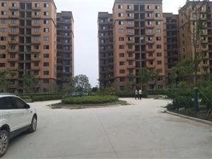 急售经济适用房90平米三居便宜房买到赚到,27万