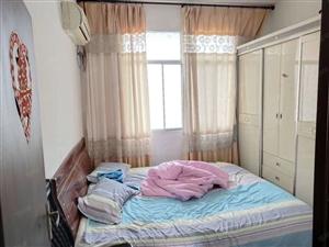 金穗大酒店附近三室一厅30万出售性价比高