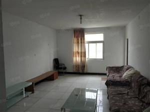 国际城D区两室出租,配置齐全,随时可以入住
