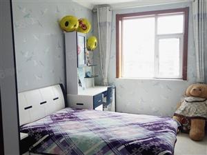 荷花苑126平四室两厅两卫精装修可更名一中五中房