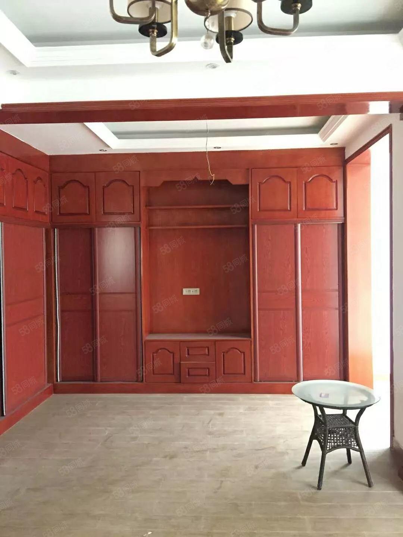香榭丽舍精装电梯复式楼未入住对外出租