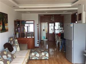 香江花园3室2厅低价出租1900元每月家具家电齐全