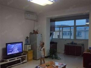 宏泰新城两室简装带地下室